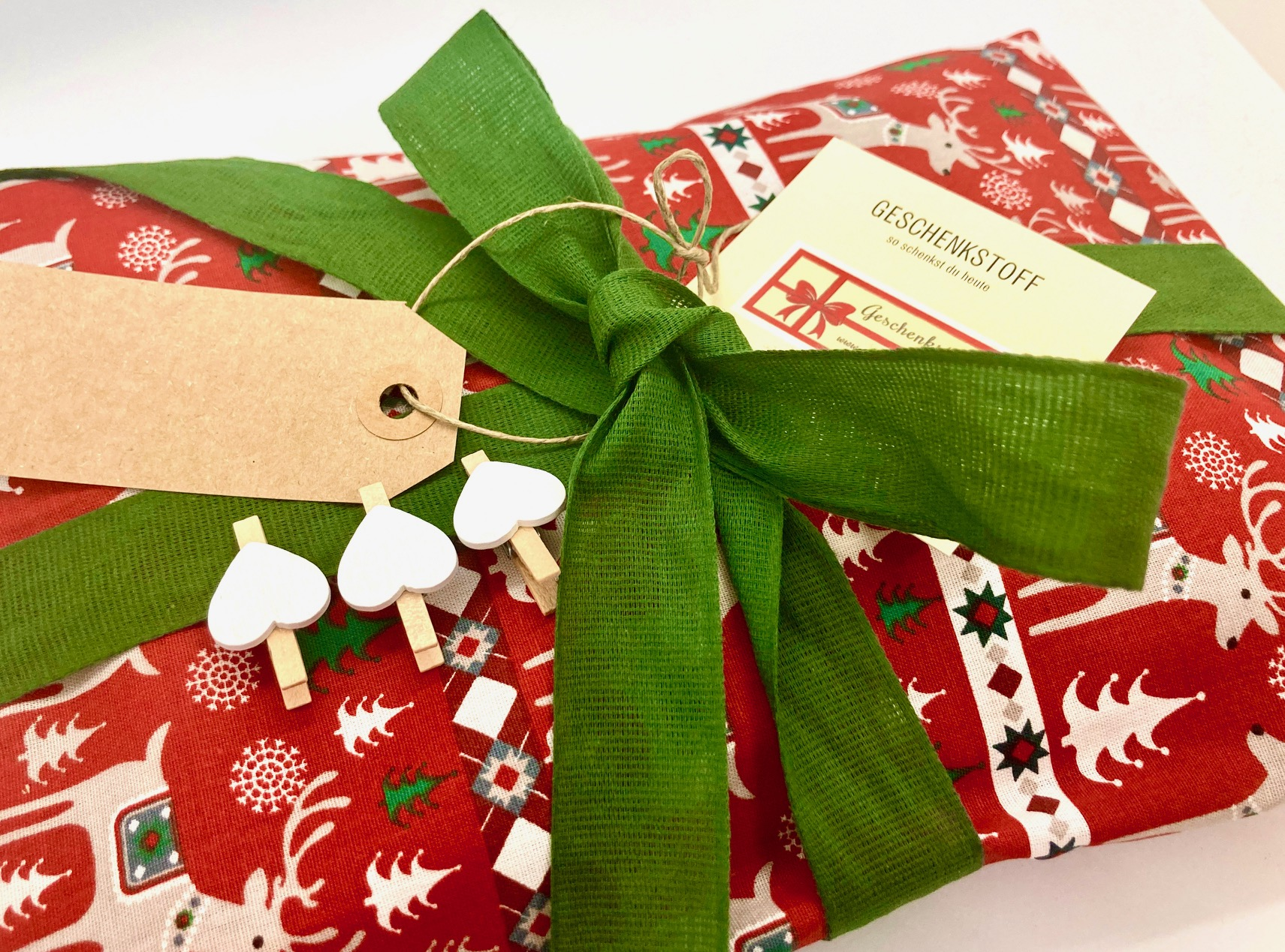 Das perfekte Weihnachtsgeschenk: Schenk Geschenkstoff 3